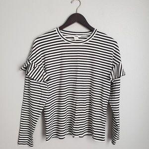 H&M | Sweater- L